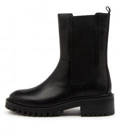 Kilt Black Leather
