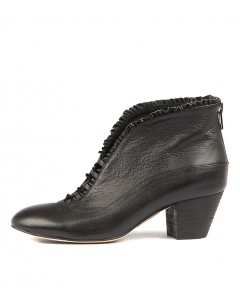 HEMERA BLACK LEATHER