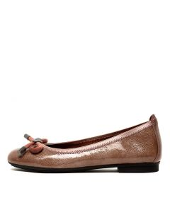BASIL 32 DUSTY PINK PATENT LEATHER